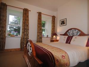 Ashgrove Cottage Bedroom 04