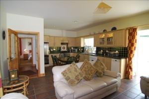 Ashgrove Cottage Kitchen